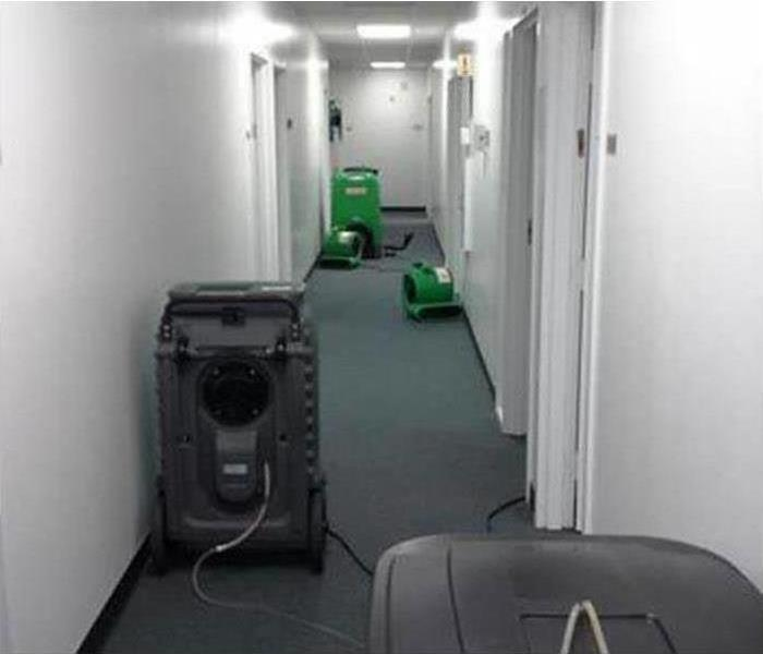 Dry commercial building in Alcoa with SERVPRO equipment